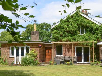 Oakdene Lodge