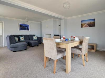 Holiday Home Alderbury Close