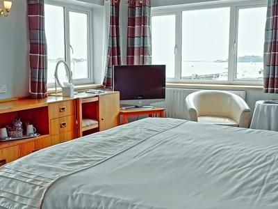 Salterns Harbourside Hotel