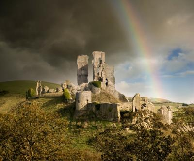 Corfe Castle rainbow