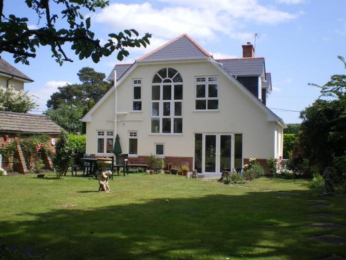 Heatherdene House