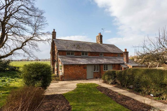 Plum Cottage - Wanderlust Retreats