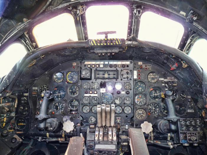 Bournemouth Aviation Museum - Vulcan Cockpit