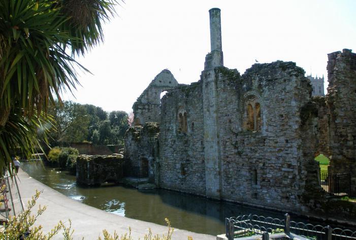 Christchurch Castle - Constable's House / Norman House