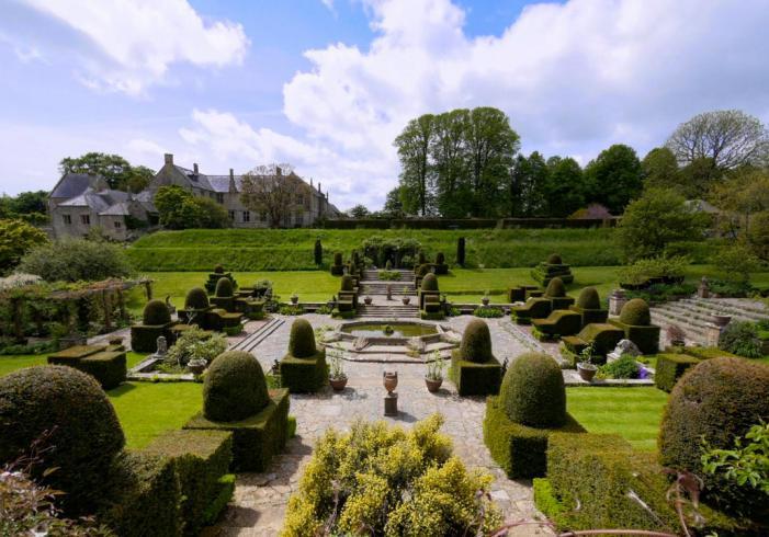 Mapperton House gardens