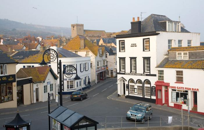 Cobb Gate - Lyme Regis