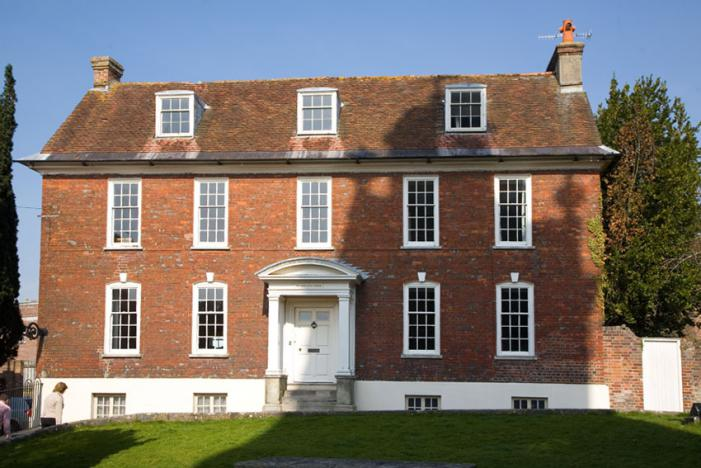 The Old Bank House - Blandford Forum