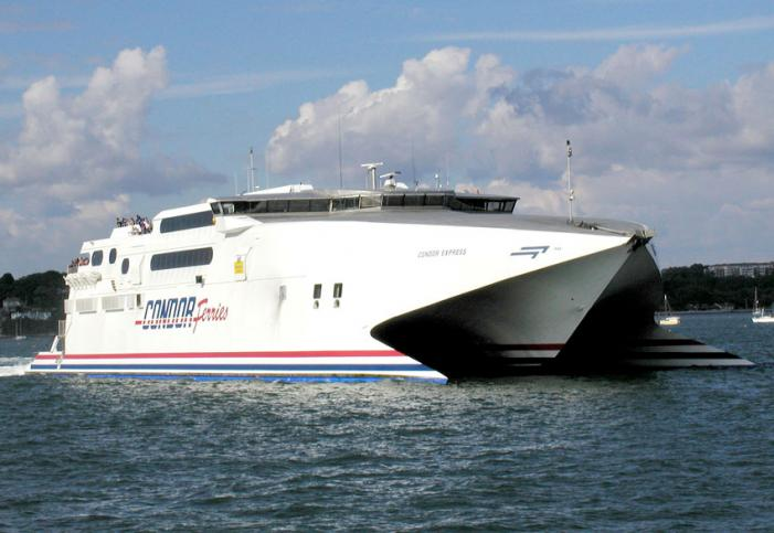 Condor Express - Poole Harbour